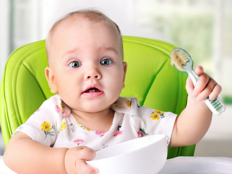 cuillère bébé